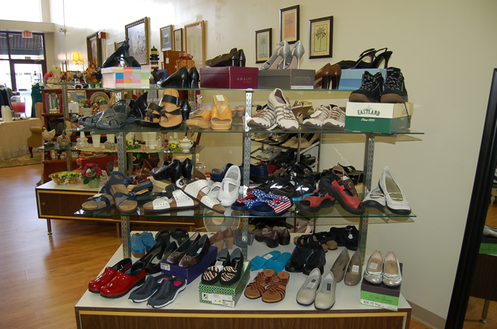 Livys Closet in Clifton Forge, Virginia Upscale Consignment Take a Peek July 2014 shoes summer